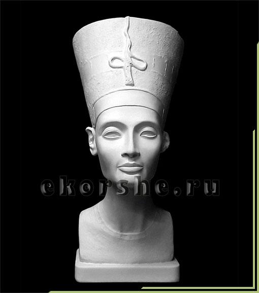Бюст Нефертити в шапке